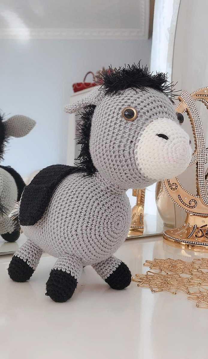 Beauty and things Вязаная игр   Crochet toys, Crochet doll pattern ...   1195x694