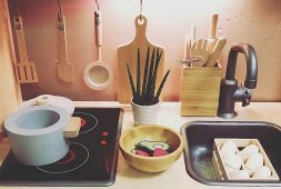 cute-useful-and-small-kitchen-design-ideas