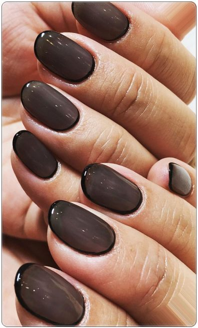 flashy-short-nail-designs-in-matte-and-polished-shades